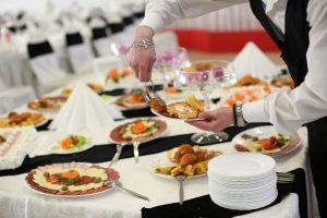 3 Common Ways Catering Services Cost
