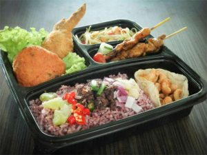 Get the Best Services for Halal Bento Catering by Food Talks